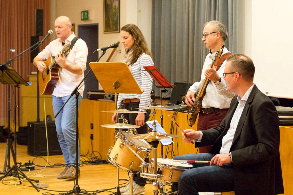 Liedertankstelle Zeitlarn 2017, Foto: Claudia Omonsky